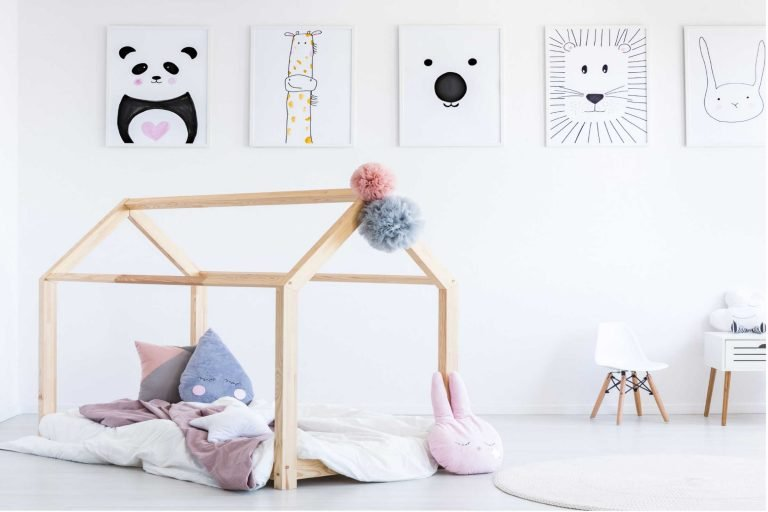 Read more about the article Is it time for a big kid bed?