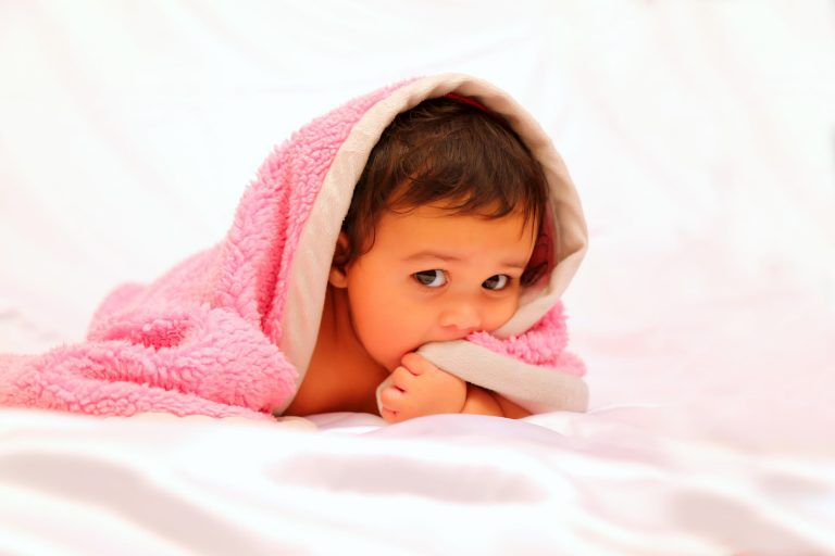 Read more about the article Hush now go to sleep – All about the weighted blanket
