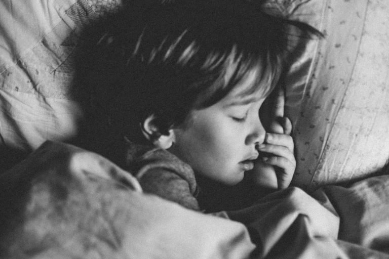 Read more about the article 10 Tips to Help with Toddler and Child Sleep